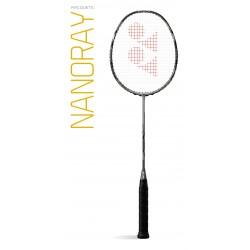 YONEX NANORAY 900 bespannen